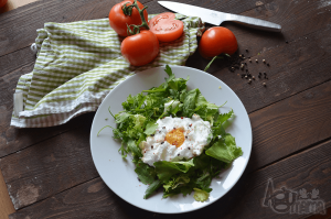 fotografia kulinarna obłok z jajka sadzonego