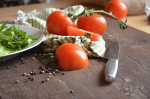 fotografia kulinarna soczyste pomidory