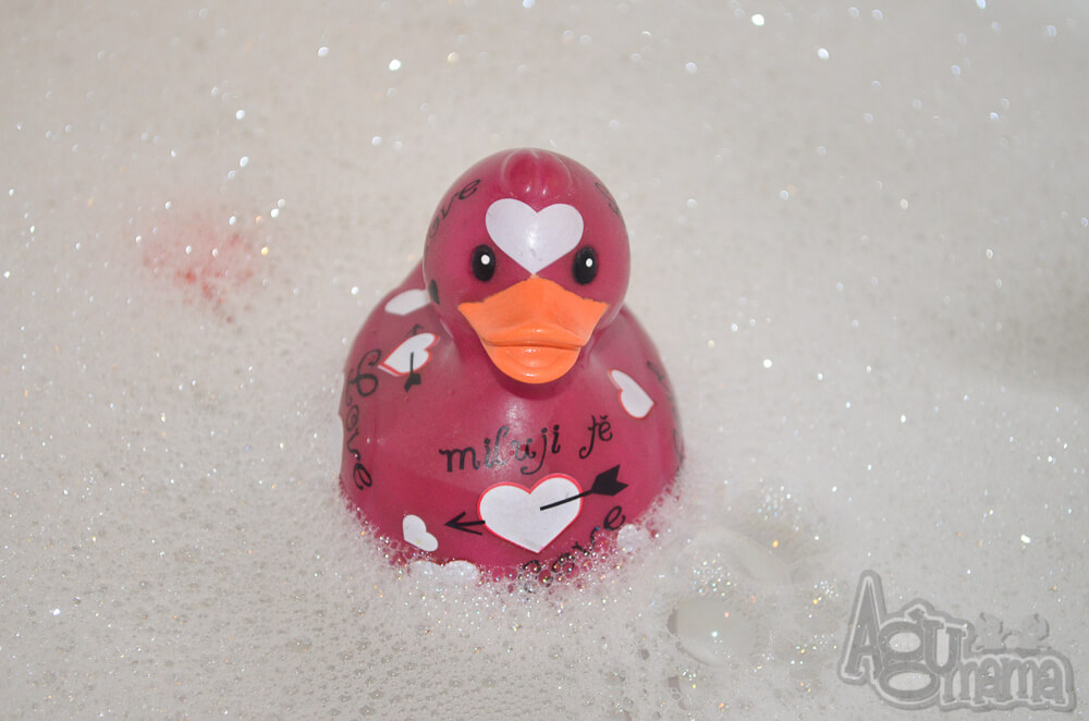 kąpiel dziecka gumowa kaczka