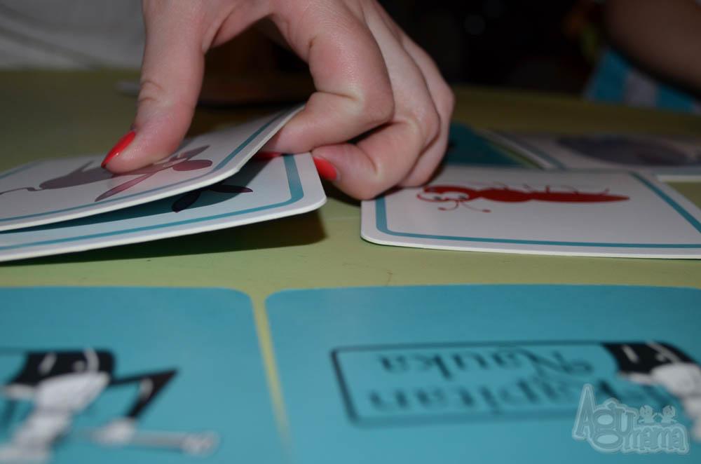 nauka zapamiętywania rozkładanie kart na stole