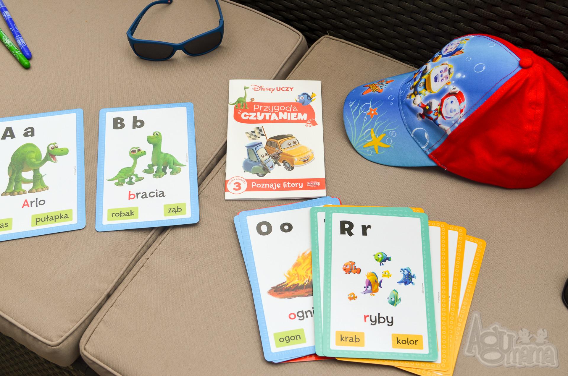 czytanie globalne karty z alfabetem