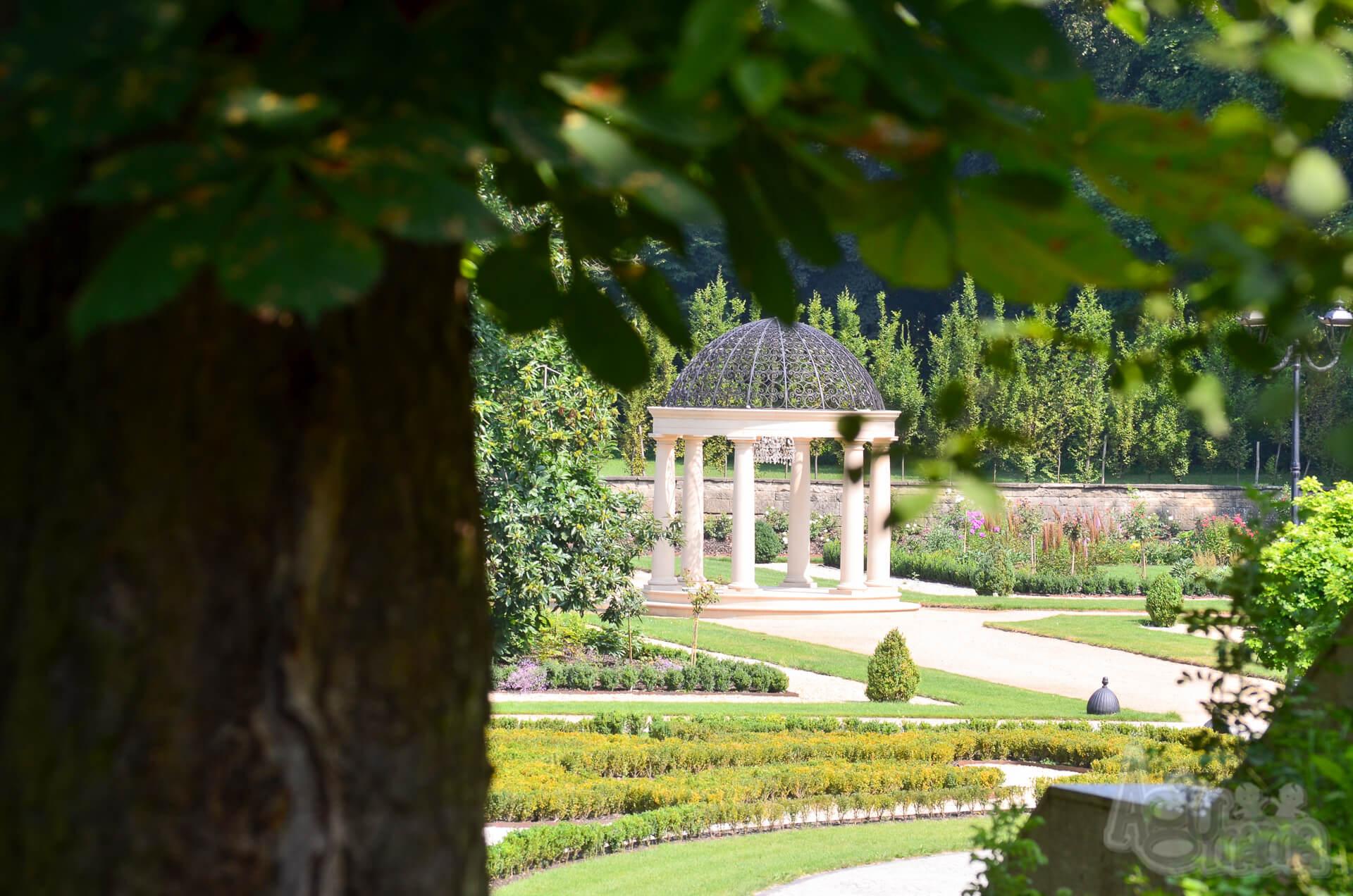 Pałac Mała Wieś glorietta